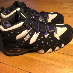 Nike Shoes - Nike Air Max Barkley's